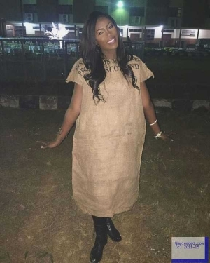 Photo: Tiwa Savage Performs In A Sack Of Rice